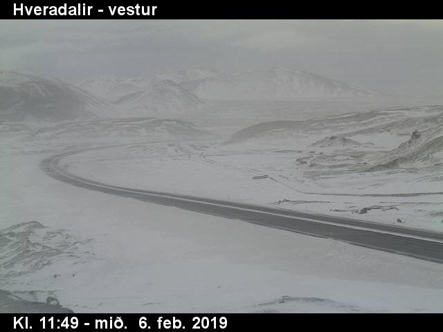 Mynd úr vefmyndavél Vegagerðarinnar við Hveradali.