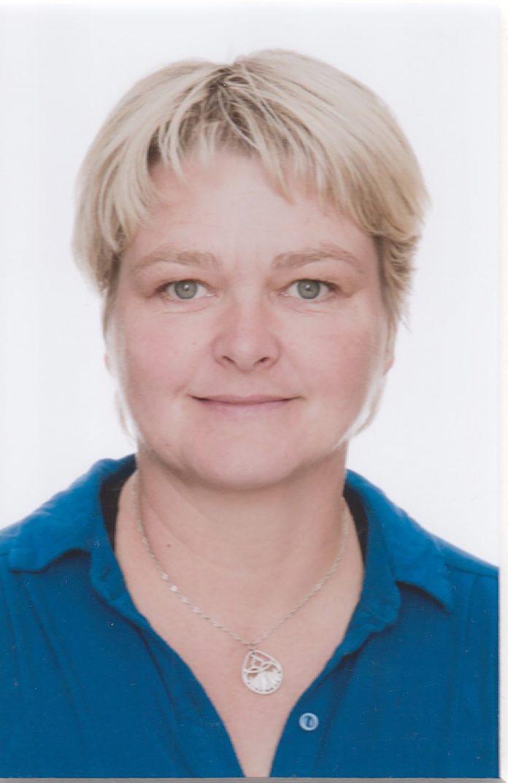 Marta Esther Hjaltadóttir.
